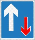 Vehicle priority road sign 811