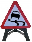 Slippery Surface Triangle Temporary Sign With Plastic Frame 557