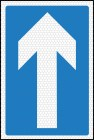 One way traffic road sign 652